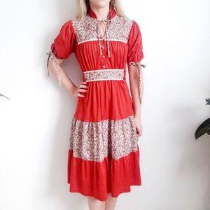 70s Vintage Floral Bohemian Prairie Midi Dress 795